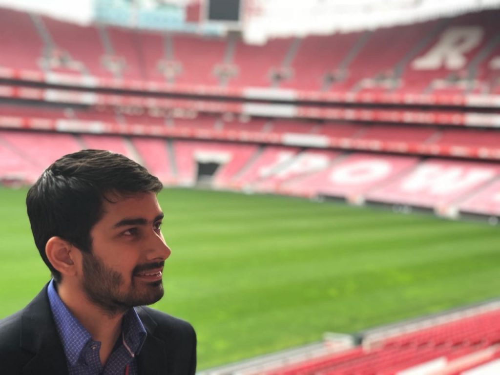 Divij Luthra internship at Benfica
